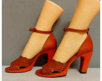 Vintage 1970s high heel  shoes 37