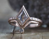 Natural White Rose-Cut Geometric Diamond Ring with Pavé Band