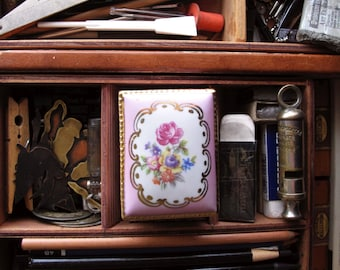 Vintage Home Decor Pink French Style Floral Trinket Box, Rose Flower Pink Keepsake Box  - GERMANY