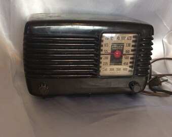 Philco 46-250 Code 121 Transitone radio ca. 1946