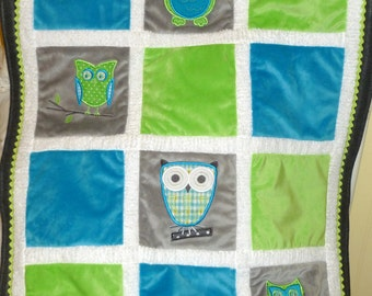"Appliqued Owl Minky Baby blanket "" Who Loves You  Turquoise and Green"""