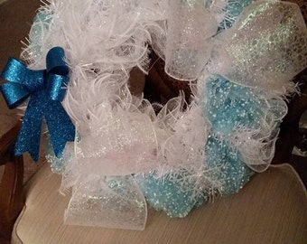 Deco Mesh Wreath Blue with snow