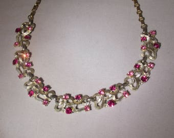 Bright Pink and Magenta Vintage Necklace