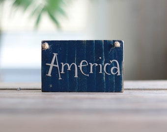 America ornament, Patriotic ornament, Patriotic Wood Sign, Reclaimed Wood Sign, Small sign, Sign ornament, Patriotic decor, stocking stuffer