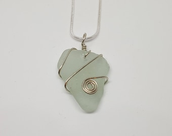 Cornish Wire Wrapped Sea Glass Pendant - Handmade in Cornwall - Free Postage