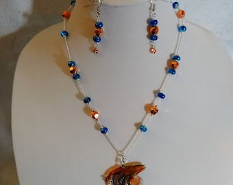 Glass Fish Necklce Set...