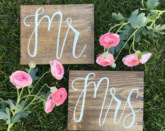 Mr and Mrs Signs, Mr and Mrs Chair Signs, Wooden Wedding Signs, Mr Mrs signs, Mr Mrs chair signs, Handlettered Signs, Wedding Reception Sign