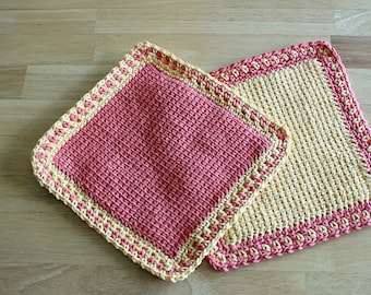 Two Color Bordered Washcloth