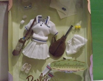 Barbie Millicent Roberts-- Court Favorite (Doll Clothing) **NIB**