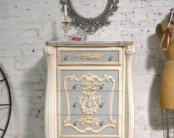 Painted Cottage Chic Shabby Romantic French Dresser / Chest CH953