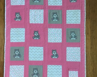 Spirit Animal Wolf Crystal Protection Baby Quilt-Pink