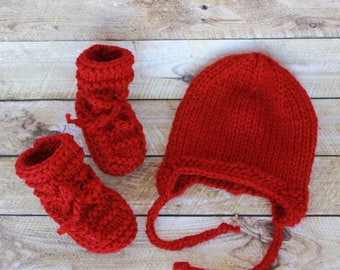 Baby beanie with earflaps + Baby bootie combo