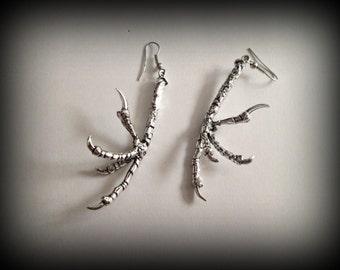 Bird claw earring,bird foot earring,dangle earring,Gothic earring,Punk earring,silver plated,metal earring