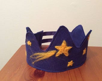Wool felt crown - birthday crown -star - personalized - name -custom made - dress up - Waldorf - needle felted