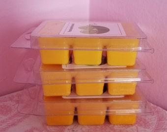 Banana nut bread, wax melts, yellow wax melts, smells yummy, home decor, gifts, peasinapodtreasures,