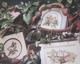 """Cross Stitch paper pattern booklet """"The Fledglings"""" by Leisure Arts 754 Used good condition"""