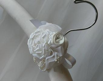Silk Bridal Gown Hanger, Bridal Covered Hanger,  Padded Bridal Hanger, Satin Hanger, Hanger for Brides Gown, Lace Hanger, Brides Hanger
