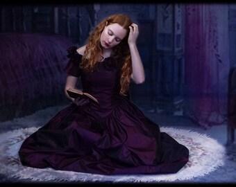 Vintage gothic party dress /  80s bow bustle rosette taffeta corset gown in mulberry plum wine / Jane Austen prom bridesmaid dress