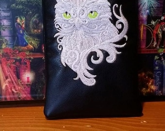 Custom Baroque Owl pipe pouch