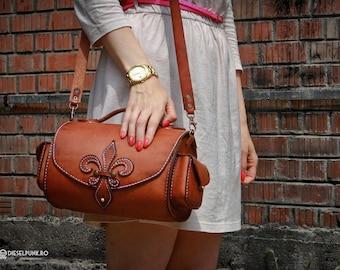 Fleur de lis Bag - Leather Bag - Hand made Bag - Messenger Bag - Ladies Bag