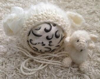 Knitting/crochet PATTERN - Newborn Size Knit/crochet Baaa-rbra Anne Lamb/Sheep Bonnet - Instant Download PDF - Photography Prop for newborn