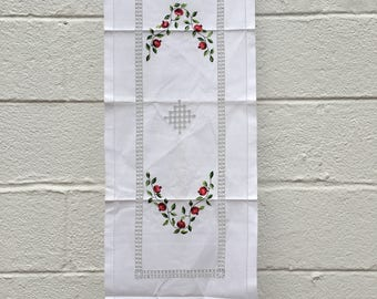 White Linen Table Runner with Pomegranate and Vine Design and Tatted Edges from Armenia