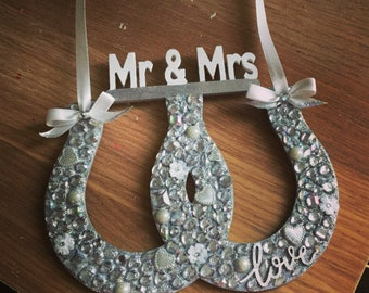 Mr and mrs personalised double lucky horse shoe wedding gift