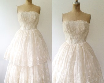 1950s dress / vintage wedding dress / Whole Heartedly dress