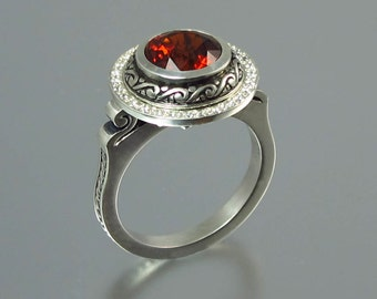 MARIA 14K gold Garnet ring with diamond halo