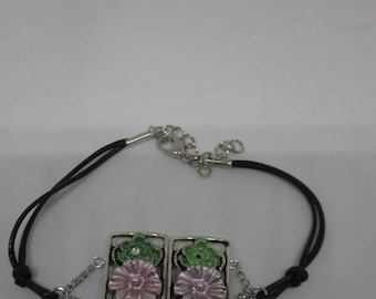 Leather and Floral Bracelet