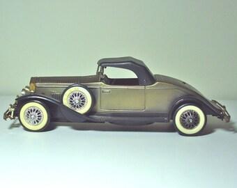 AM Transistor Radio Vintage Toy Car 1931 Green Rolls Royce
