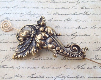 Victorian Leaf Shawl Pin, Gold Pin, gold scarf pin, flourish, brass, stick pin, sweater pin, hammered, oxidized, fashion