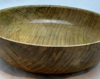 Ambrosia Maple salad bowl. Finish  with shellac 13 1/8 in in diameter by 4 3/4 in in thickness. EA0914.1405.299