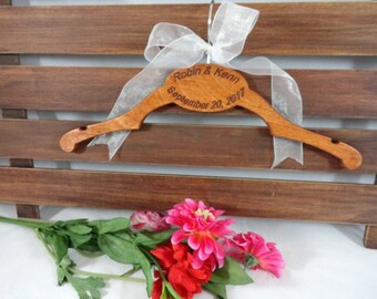 Handmade Hanger - Hand Made - Wooden - Wedding Hanger - Gift for Her - Gift Idea - Shower Gift - Wooden Hangers - Original Design - Hangers