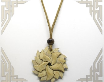 Shuriken Maple Necklace with Tigers Eye