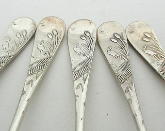 Bird Pattern Spoons, Set Of Five Vintage Coffee Spoons, Crane Pattern, Heron, English Silverplate Spoons, Matching Spoons, Daniel and Arter