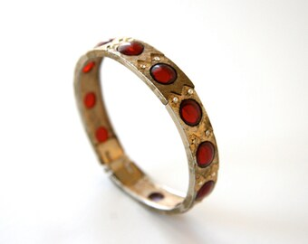 gold and ruby bracelet Hargo Jewelry Co. costume jewelry cuff bracelet collectible 1960s Far East collection from Hargo