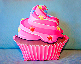 cup cake pillow, cup cake stuffed pillow, star pillow, pink pillow, stuffed pillow, kitchen pillow, nursery toy, kids pillow, shaped pillow