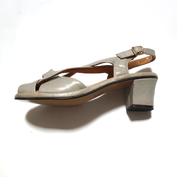 6.5 taupe peep toe vinyl wedge ankle strap 80s 1980s kitsch preppy indie hipster sandals shoes vegan 6 six slip ons woven cut out cottage