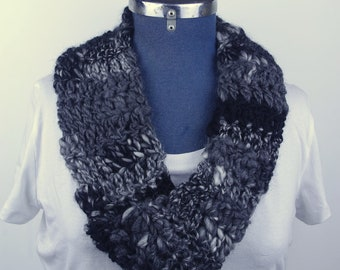 Infinity Scarf | Women's | Charcoal |Black | Grey | Mobius | Crochet