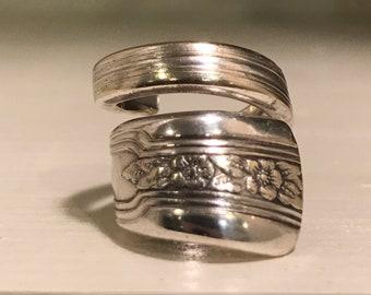 Vintage spoon ring, Spoon ring, silverware jewelry, spoon jewelry, vintage jewelry, antique jewelry, silver ring