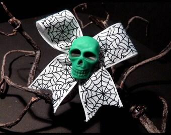 Skull - hair clip - bow