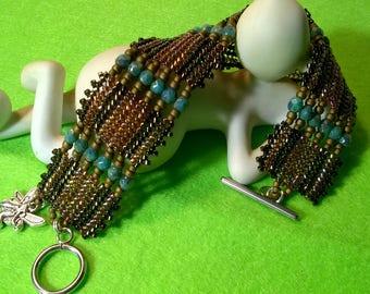 Herringbone beaded bracelet