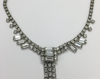 Vintage Jewelry- Vintage Rectangle Design Rhinestone Necklace