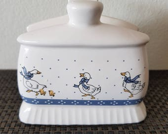 Vintage Series of Duck Table Napkin Holder