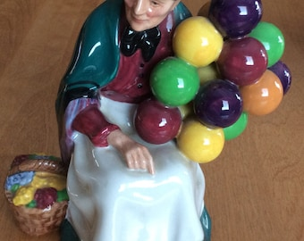Vintage Royal Doulton England Figurine Lady With Balloons HN 1315.