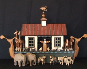 Wooden Noah's Ark, Handmade Noah's Ark, Wooden Noah's Ark Toy, Wood Noahs ark animals