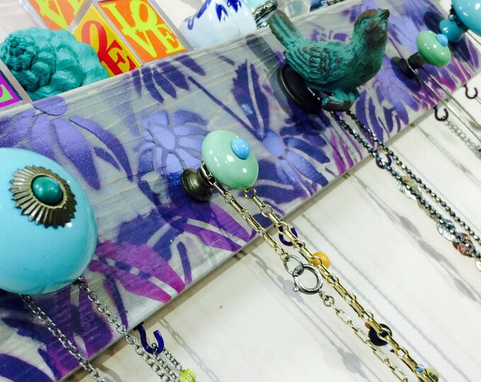 Necklace holder reclaimed wood /jewellry hanger /wall hanging makeup organizer /jewelry storage echinacea 6 purple hooks bird knob 5 knobs