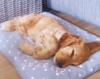 Luxury Pet Bed, Pet Pillow, Dog Bed, Cat Bed, Dog Pillow, Cat Pillow. Made to order