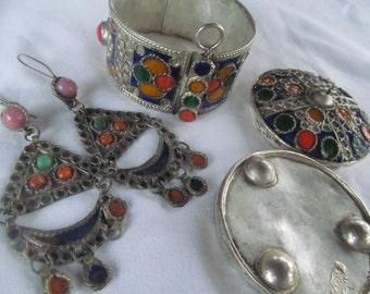 AMAZING Hidden Jewelry Box Converts To Bracelet Earring Set Enamel THEVA Rajathan  Ethnic Tribal Jewelry Asian Bellydance Jewelry